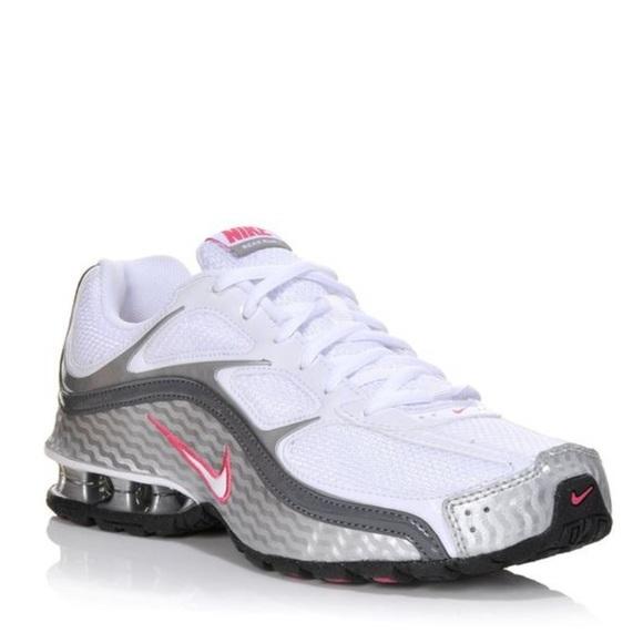 aefe2e80625d Women s Nike Reax Run 5. M 5cb686e58d6f1a7ce4fb2b9d